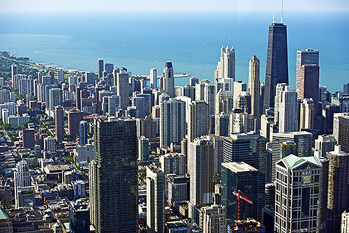 Chicago First to Ban Tans for Minors